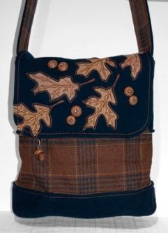 Oak and Acorn Bag Extended